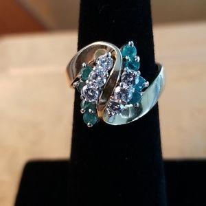 ⭐Vintage⭐Diamond/Emerald Ring